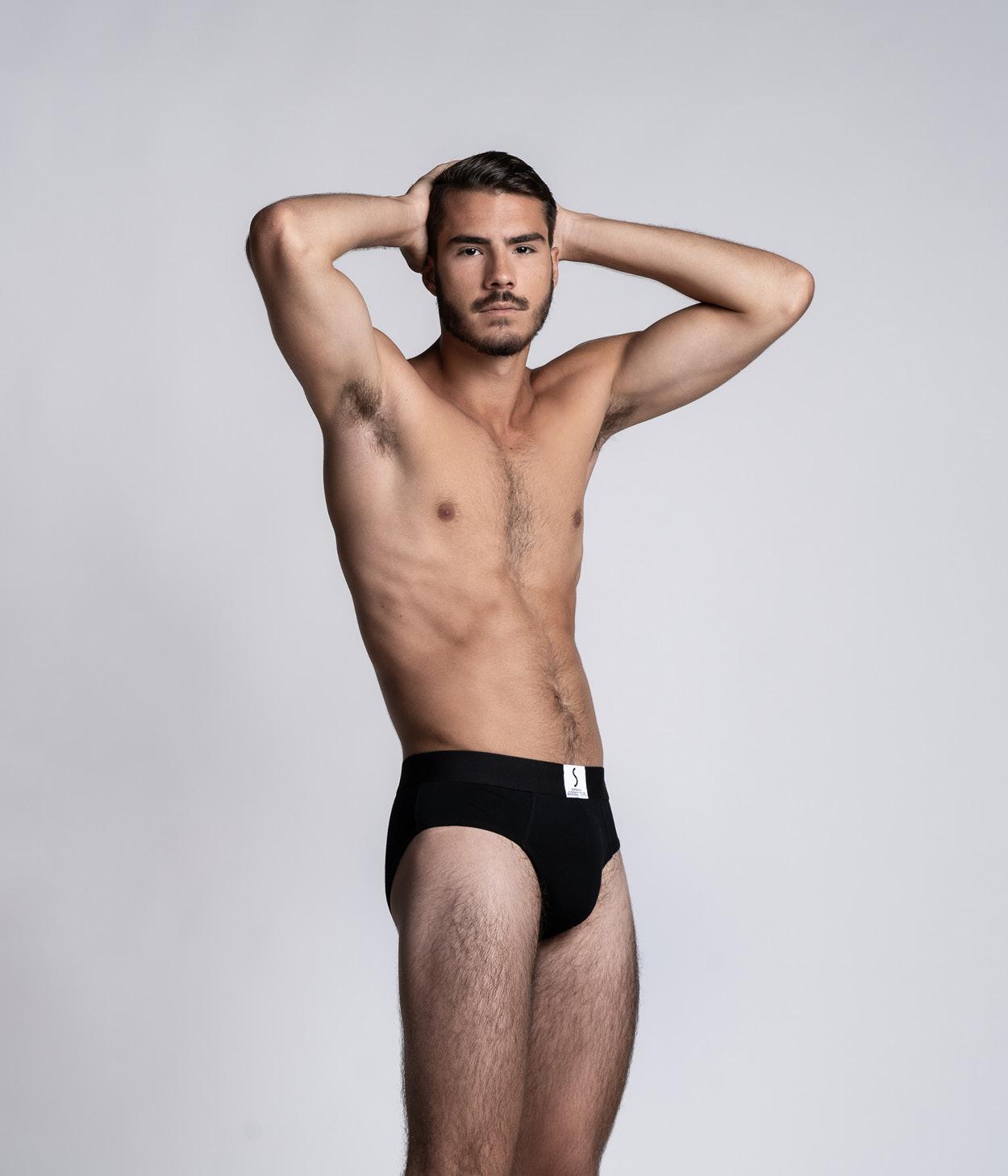 Mannequin homme portant un slip Athesans noir de la marque S BORDEAUX
