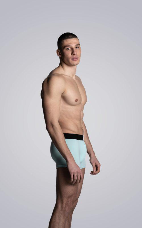 Mannequin homme portant un boxer Atoll de la marque S BORDEAUX
